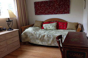 Trundle bed in second bedroom