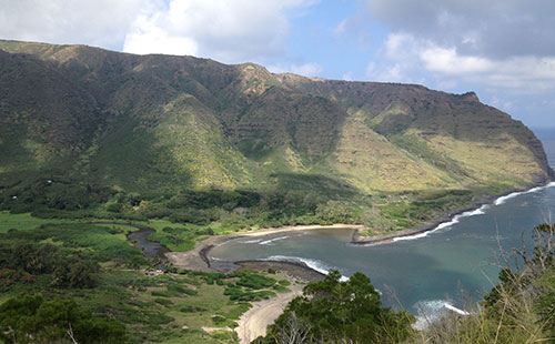 East End has the beautiful Halawa valley