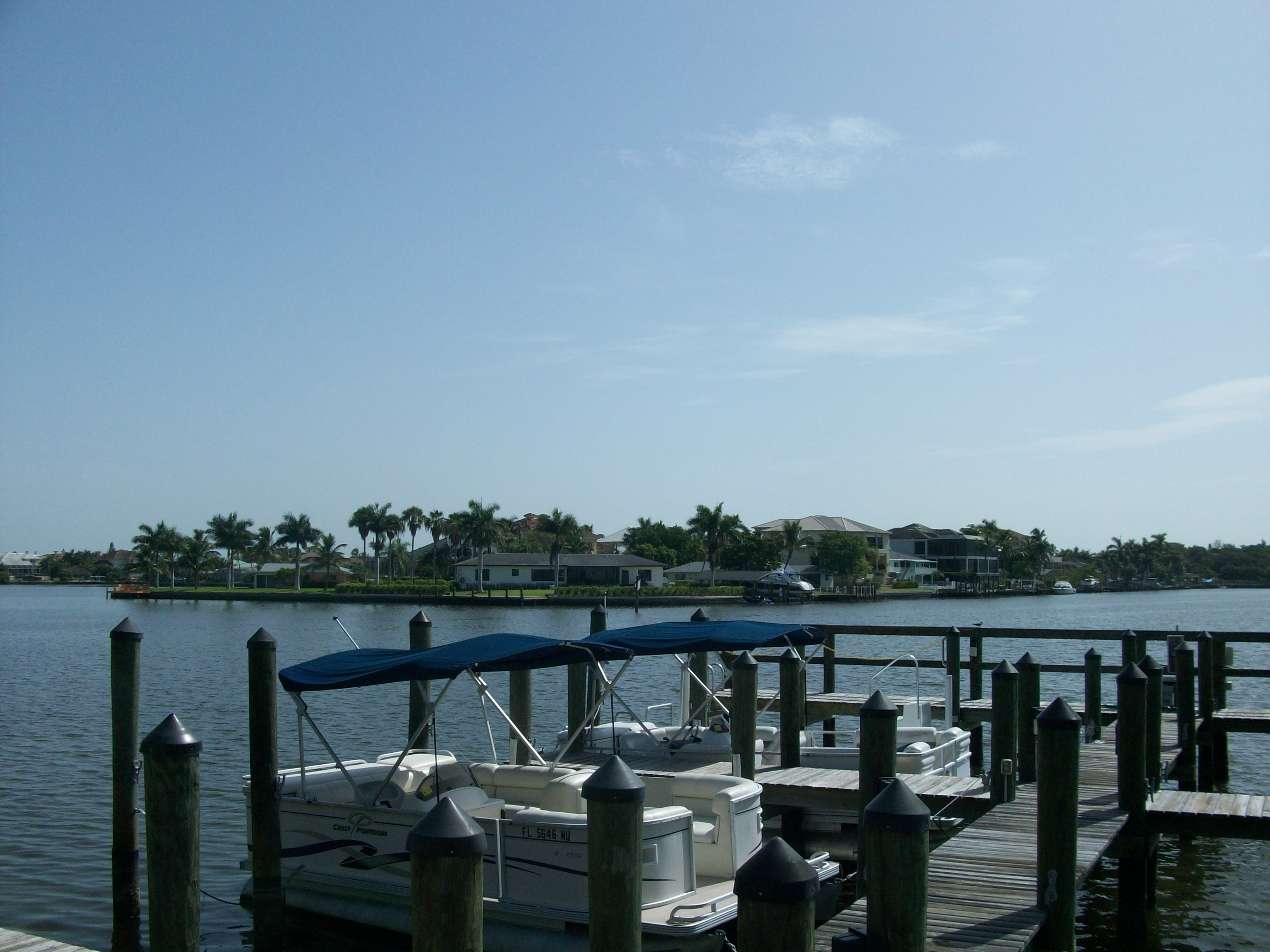 Vanderbilt Beach gulf front and bay front vacation rentals with Docks