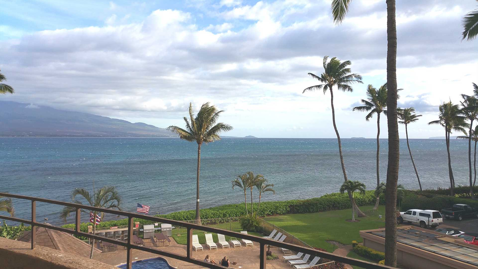 Maui vacation condo with ocean front views