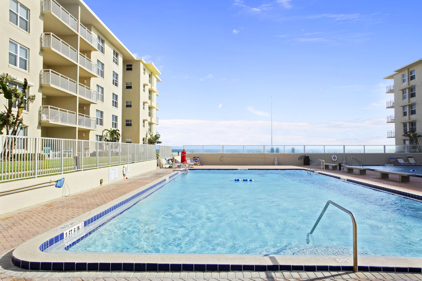 2 bedroom vacation rental with pool in New Smyrna Beach