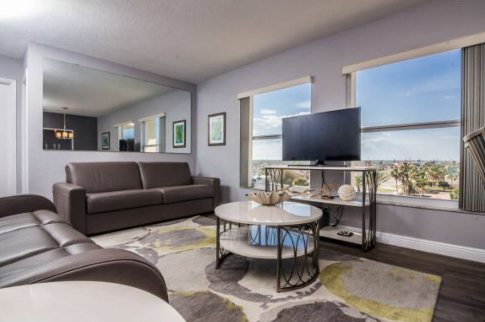 Condo Rental with easy access to the Beach in New Smyrna Beach