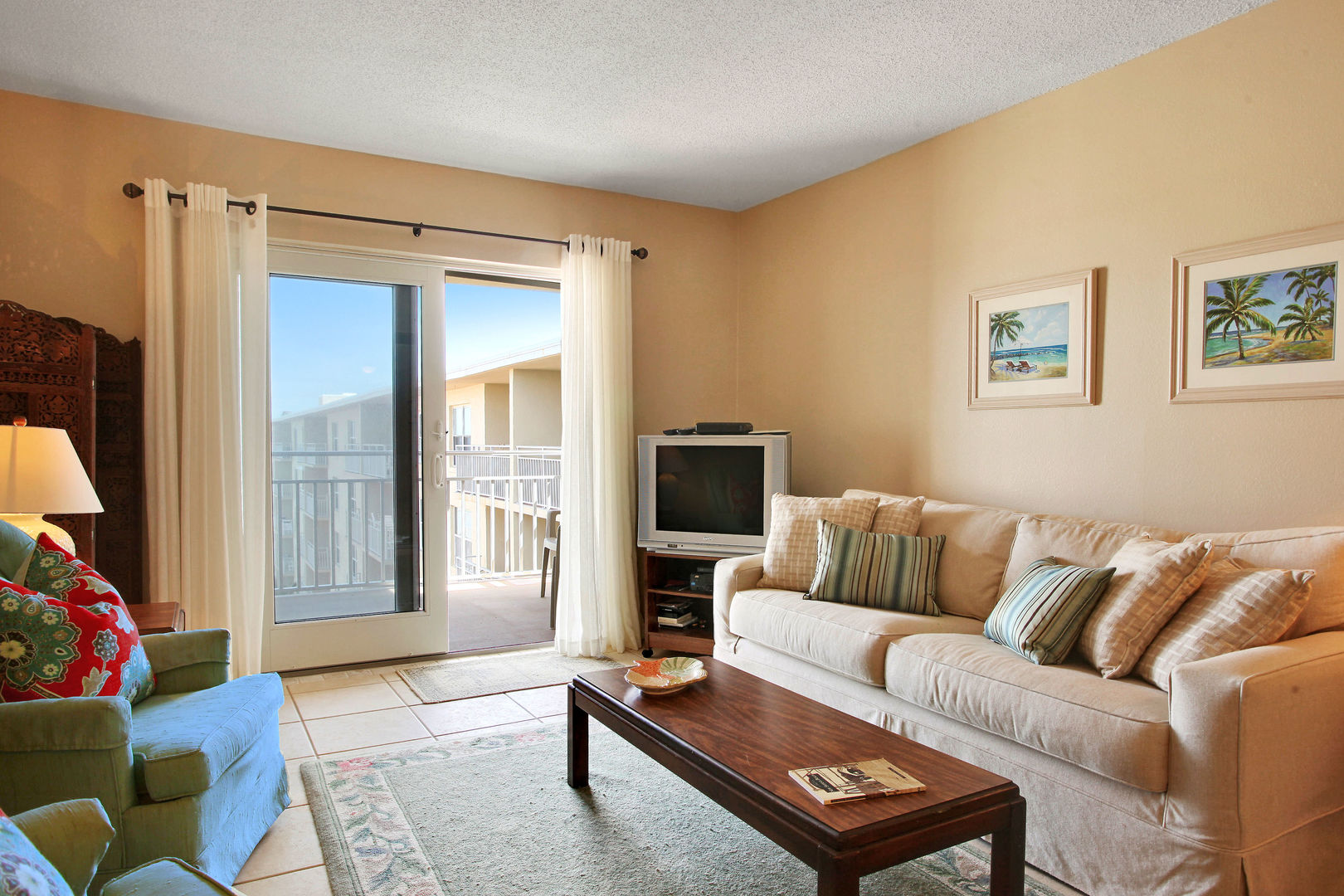 New Smyrna vacation rental with 1 bedroom and ocean views