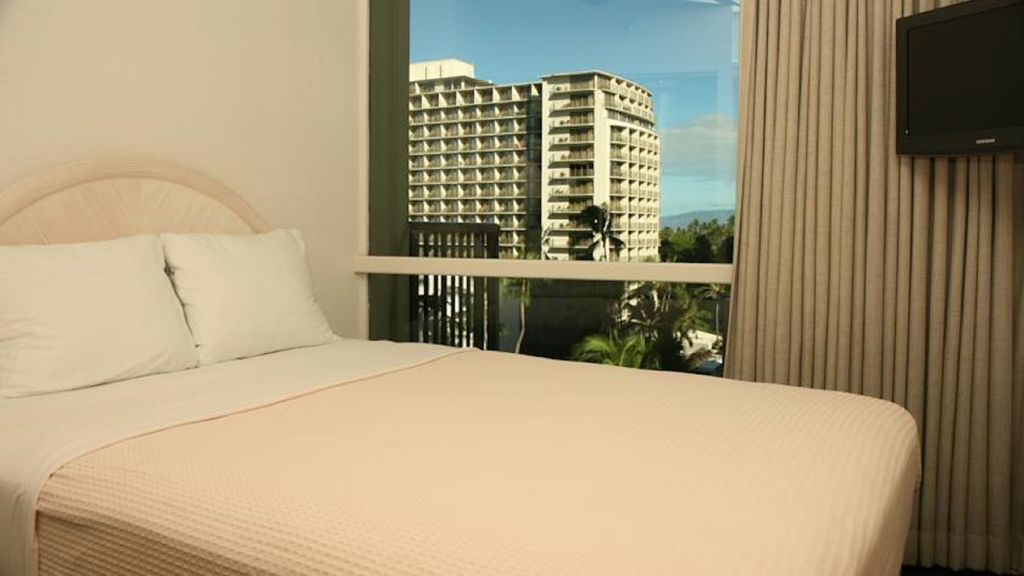 comfy bedrooms for your relaxing pleasure in Waikiki, Hawaii