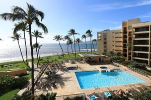 Beautiful Oceanview pool and Whirlpool...does not get better. then relax in your own Maui Vacation Condo Rental