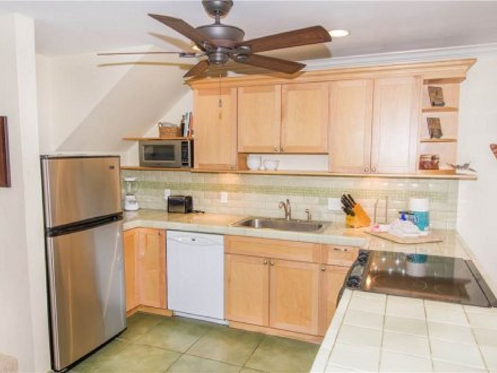 Full Kitchens to prepare your favorite Meals...Your own Maui Condo rental home