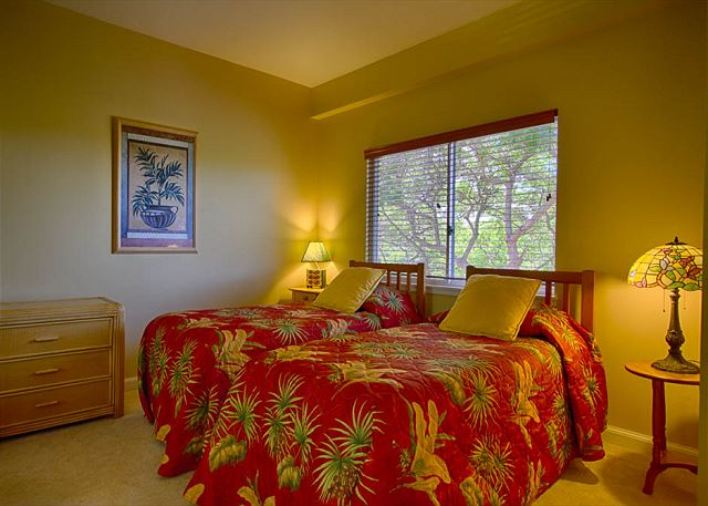roomy 2nd bedrooms with twin bedding, at your Big Island  Condo