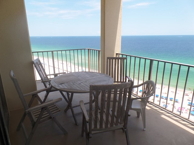 Walk Out On This Corner Top Floor Balcony At Phoenix Iii And Enjoy The Miles