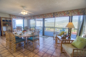 Indoor dining opens to lanai oceanviews