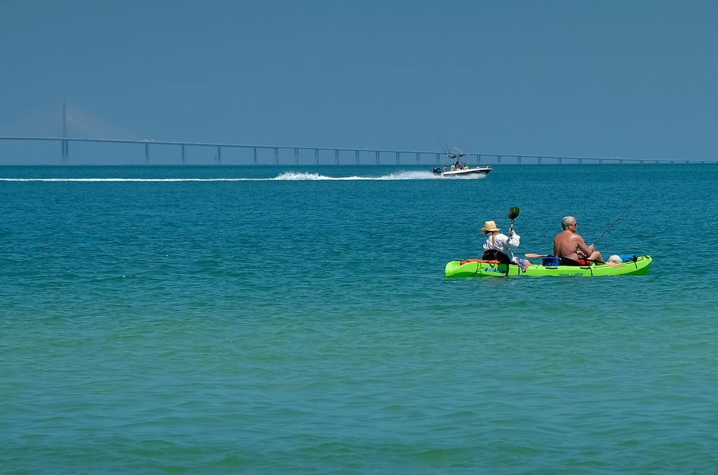 Drop a Kayak from the Bayfront Park