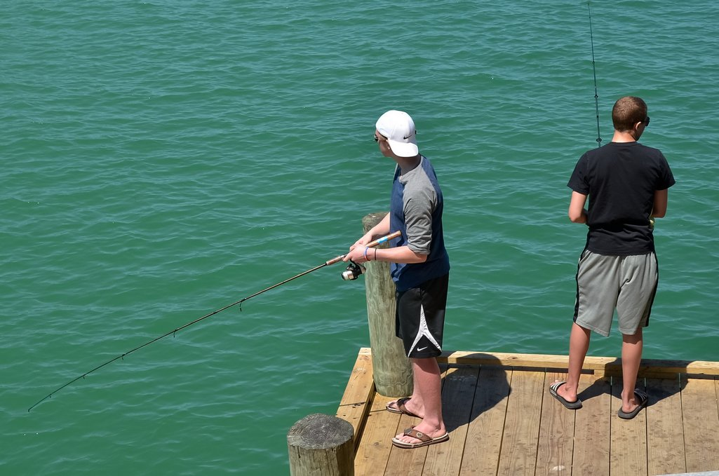 Pier Fishing at the Rod & Reel