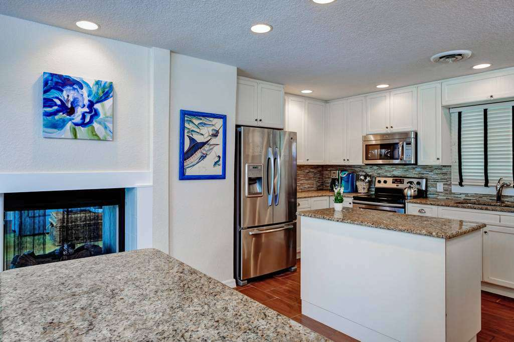 Spacious Kitchen w/Updated Amenities to Prepare Meals