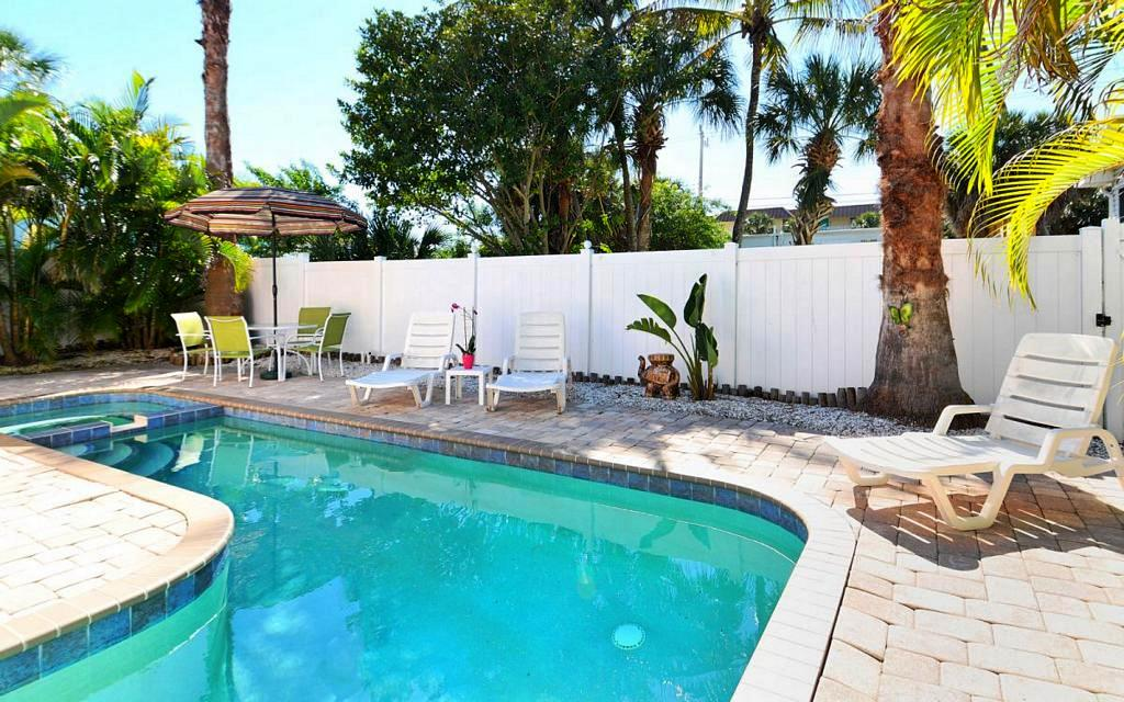 Bikini Pool with Privacy Fence