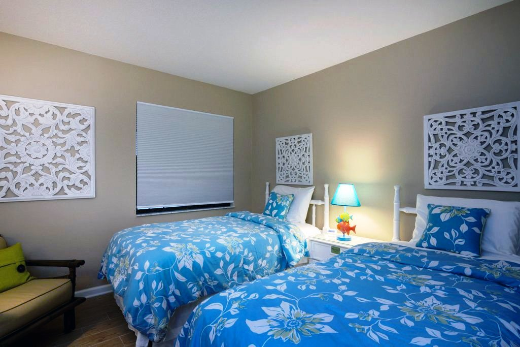 Twin Bed Guest Room.
