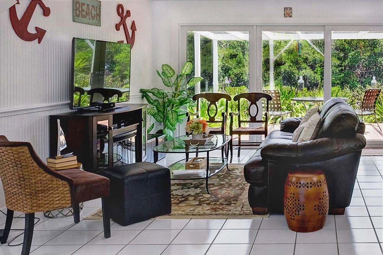 Beautiful Living Area with Beautiful View of Garden & Canal