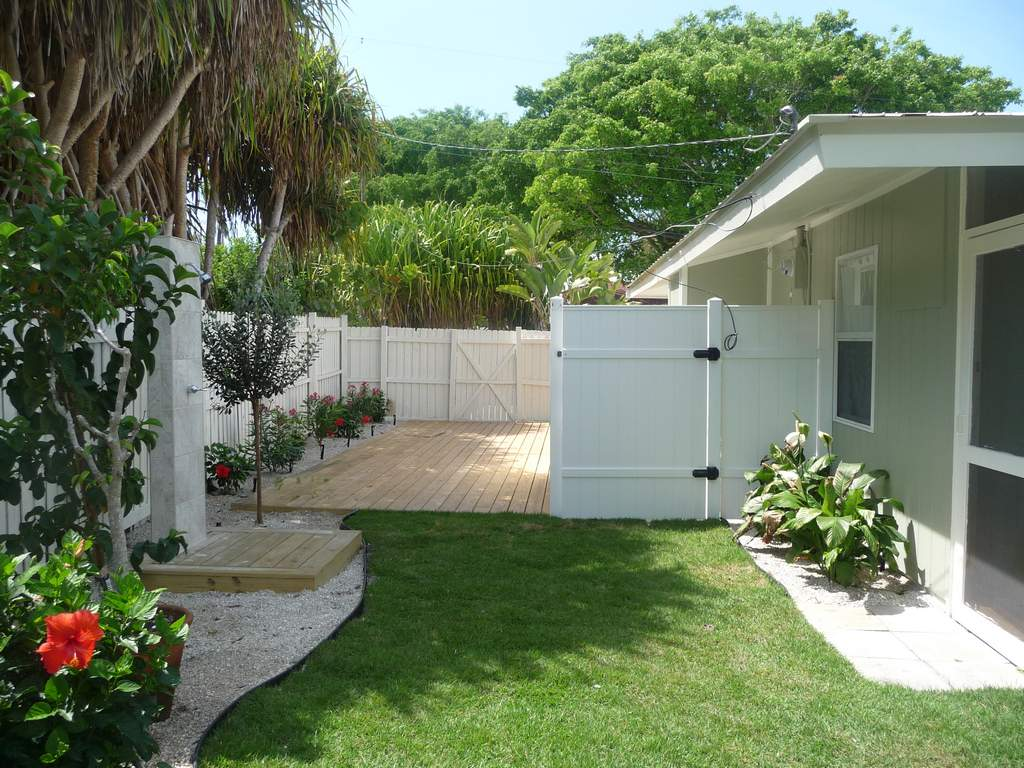 Private Side Deck and Outdoor Shower