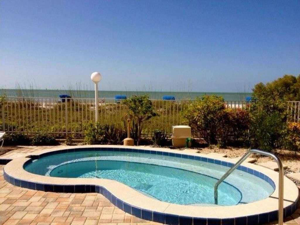 The Hot Tub also Overlooks the Gulf