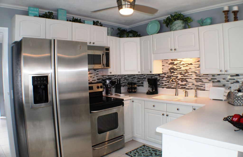 Newly Remodeled Kitchen with Updated Appliances