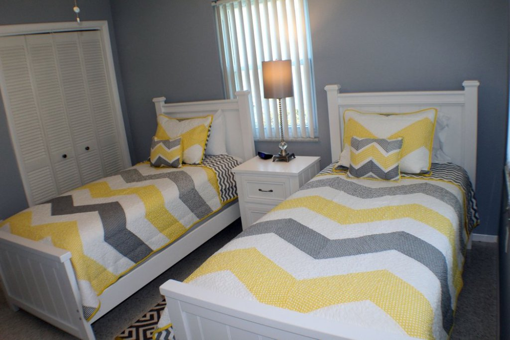 Twin Beds in the Guest Bedroom