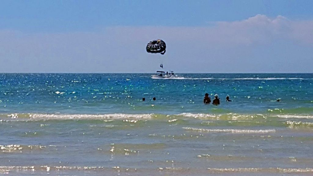 Parasailing on Clearwater Beach