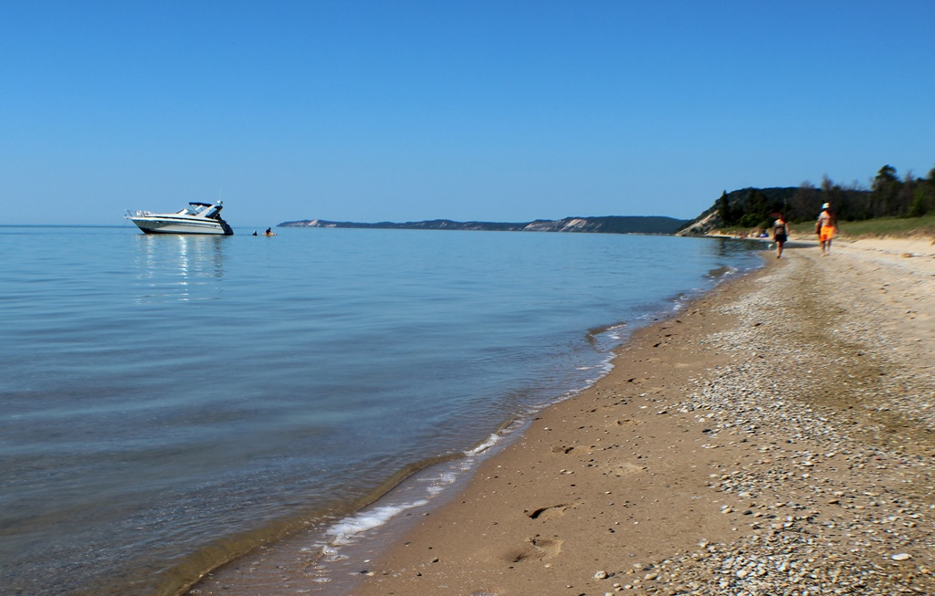 Lake Michigan Access by Boat or Short Stroll