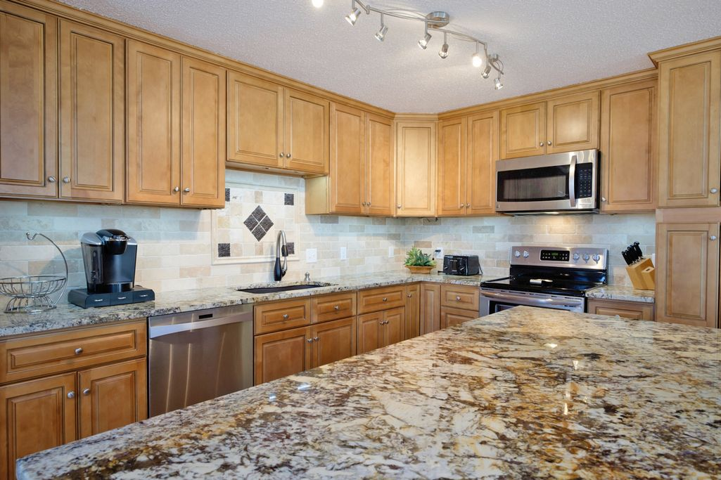 Beautifully Remodeled Kitchen W/Lots of Space