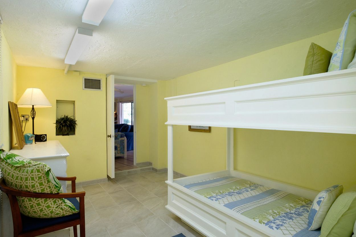 Bedroom 5 with Twin Bunks