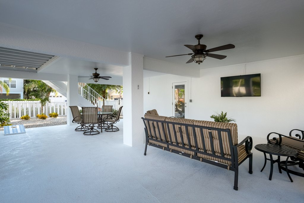 Covered Patio and Lounge with TV