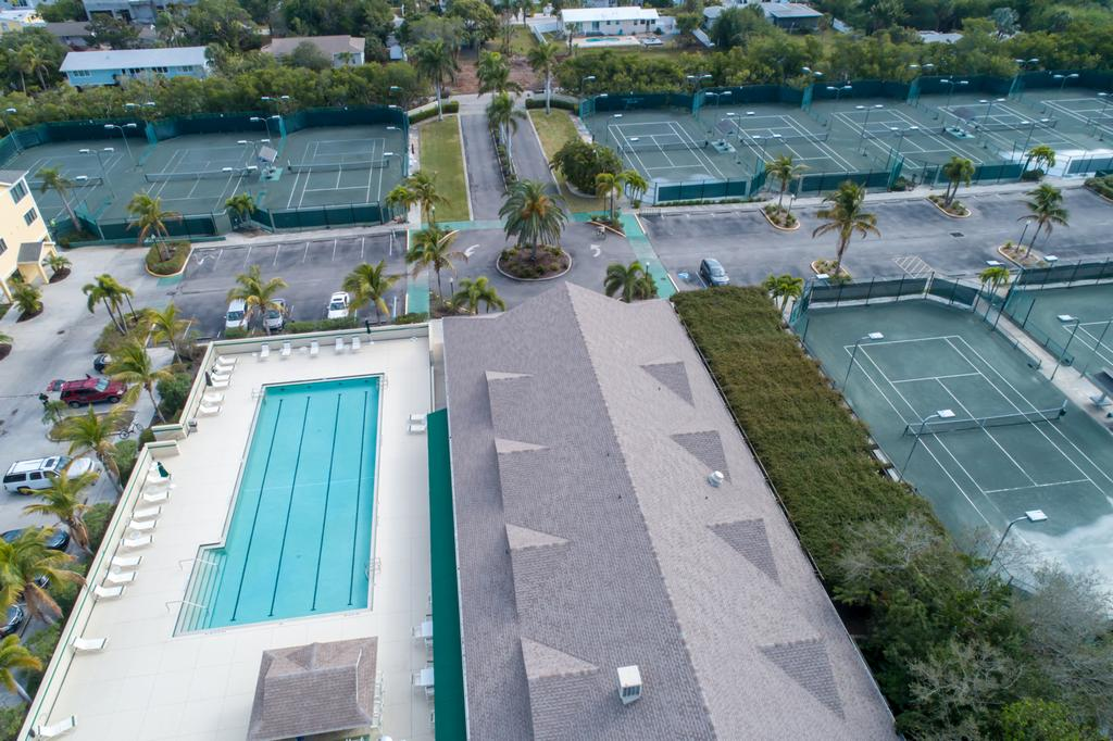 Beautiful Olympic-Sized Pool & Fitness Center