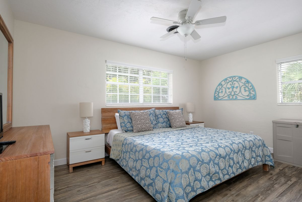 Ceiling fans help circulate air for easy rest