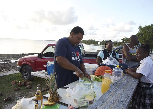 Fresh conch salad stand in James Cistern, five minutes from Atlantic Sunrise.