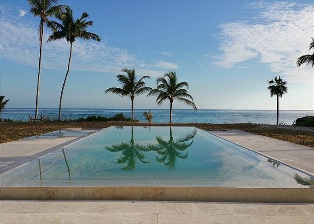 Enjoy our new infinity edge pool