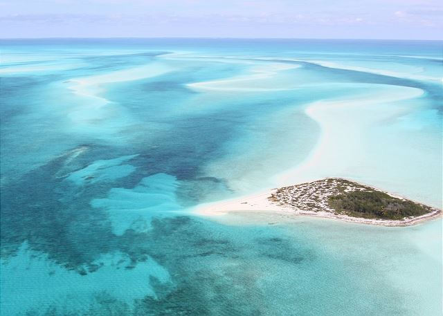 Schooner Cay, a remote island nearby, a popular day trip run by the reseort