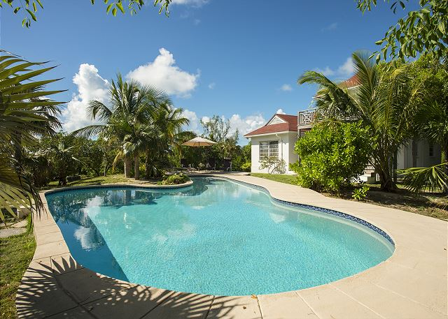 Welcome to Horizons Bahamas, total privacy and seclusion.