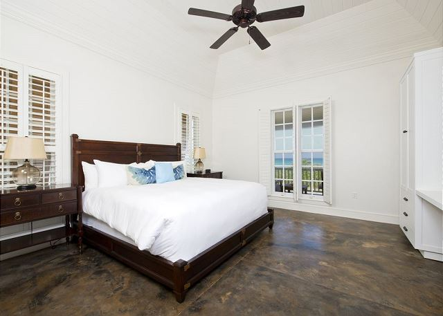 Second ocean view master bedroom with king bed and en suite bath
