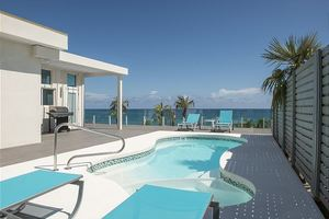 Stunning New Secluded Beachfront House with Pool, Spectacular Views