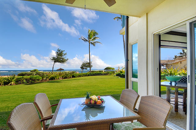 Lanai Outdoor Dining
