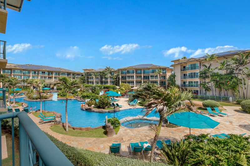 H204 Fantasy Pool, Jacuzzi and Water Slides