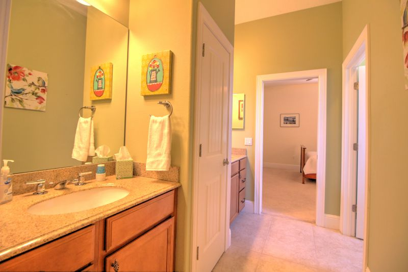 Large upper floor bathroom with walkin shower