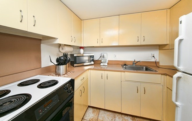 Cozy Kitchen Area for your loved one