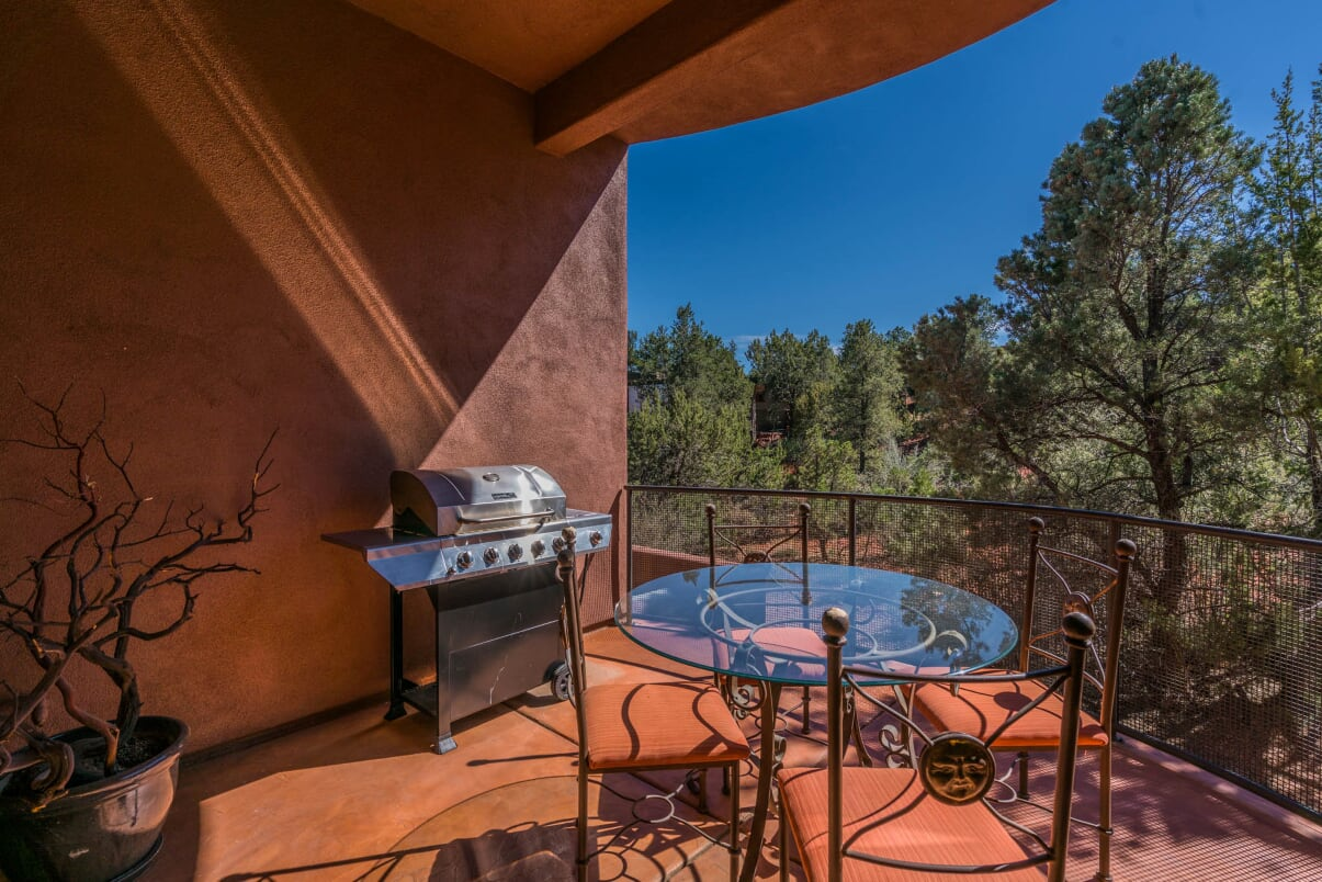 Outdoor Dinning Barbeque