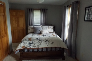 Bedroom 1 (with ensuite)