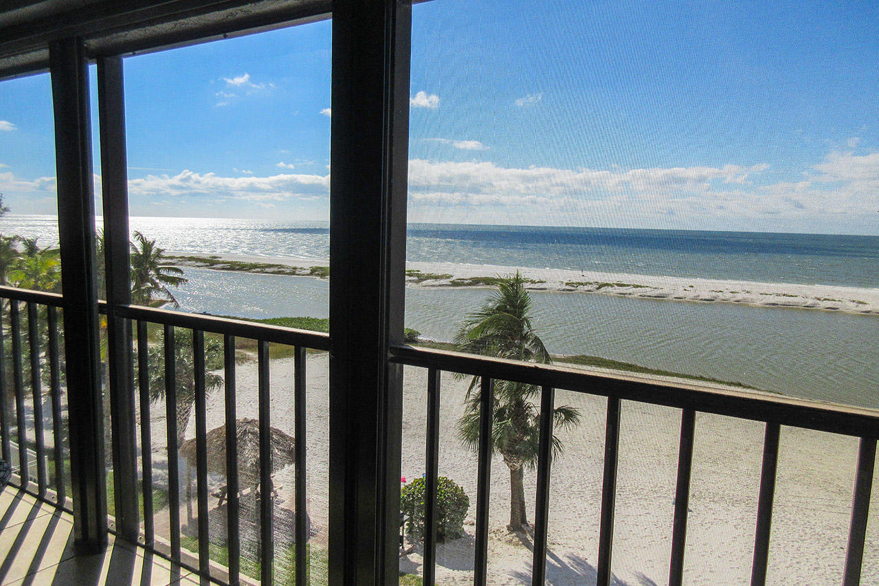 Sweeping Views of the Gulf from Screened in Lanai at Eden House 403