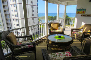 Large Lanai With Gulf View at Island Reef 504