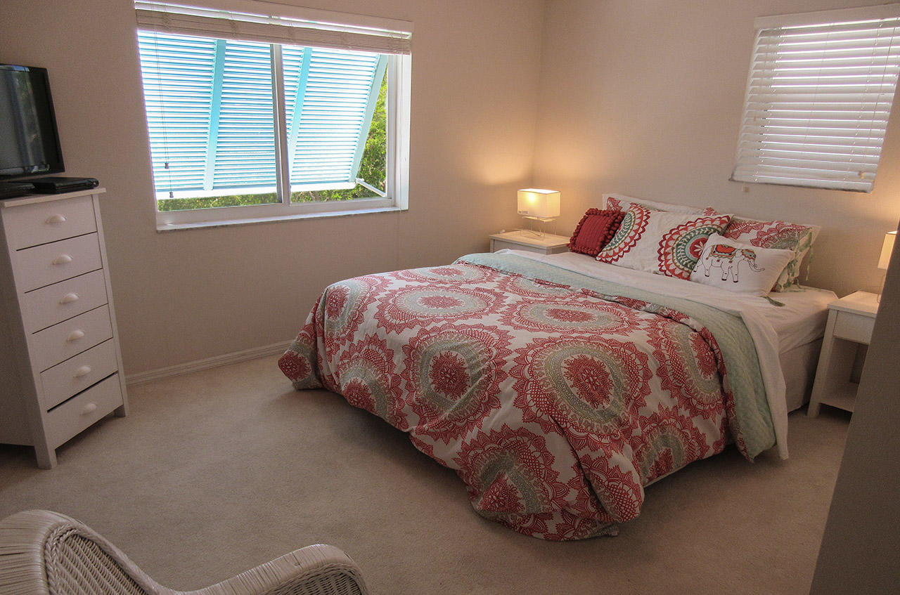 Second Guest Bedroom with Queen Bed and TV