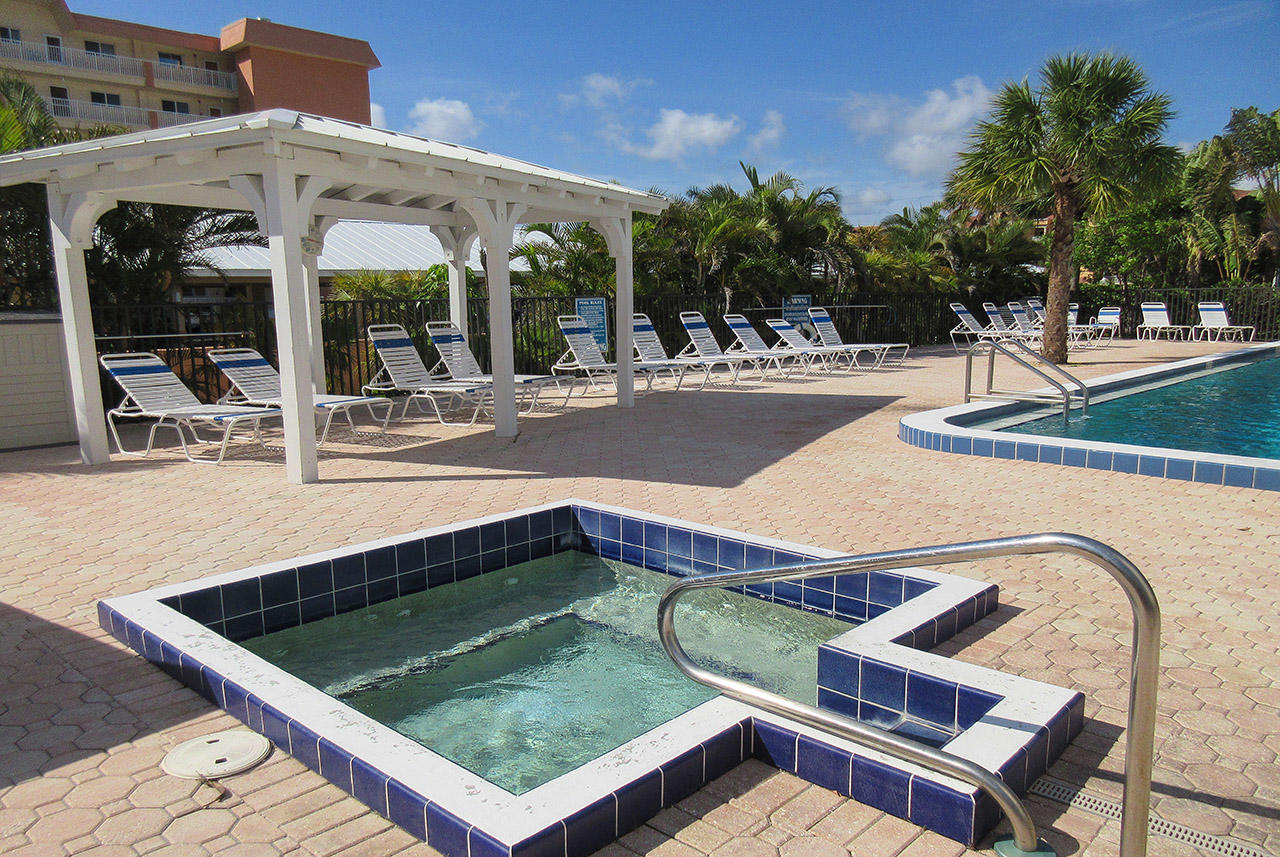 Riviera Club Resort Spa and Pool