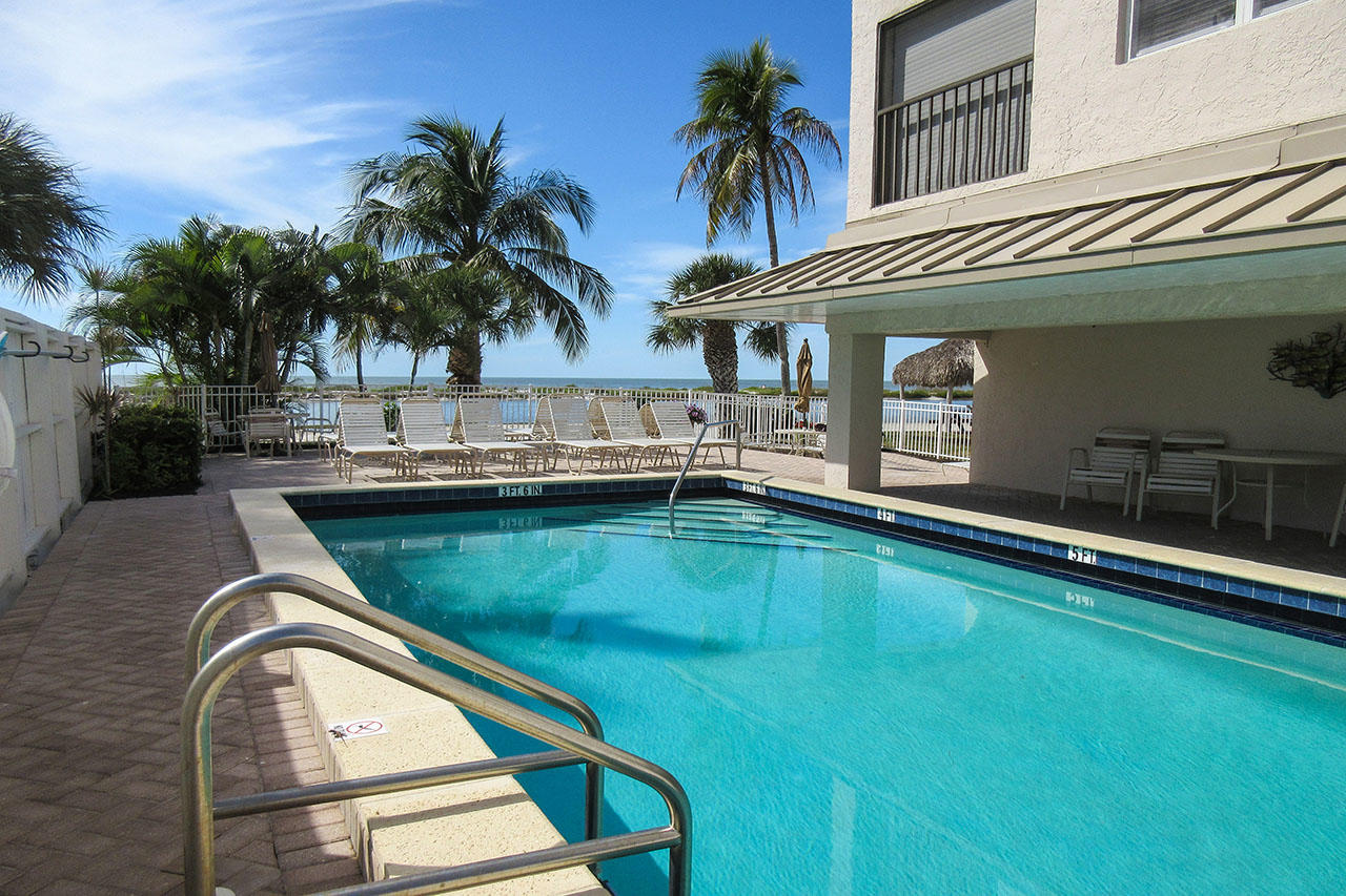 Eden House Resort Amenities include a heated pool