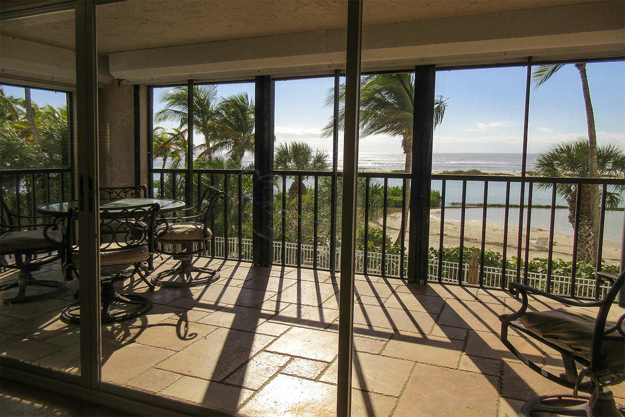 With your million dollar view from the huge screened in lanai