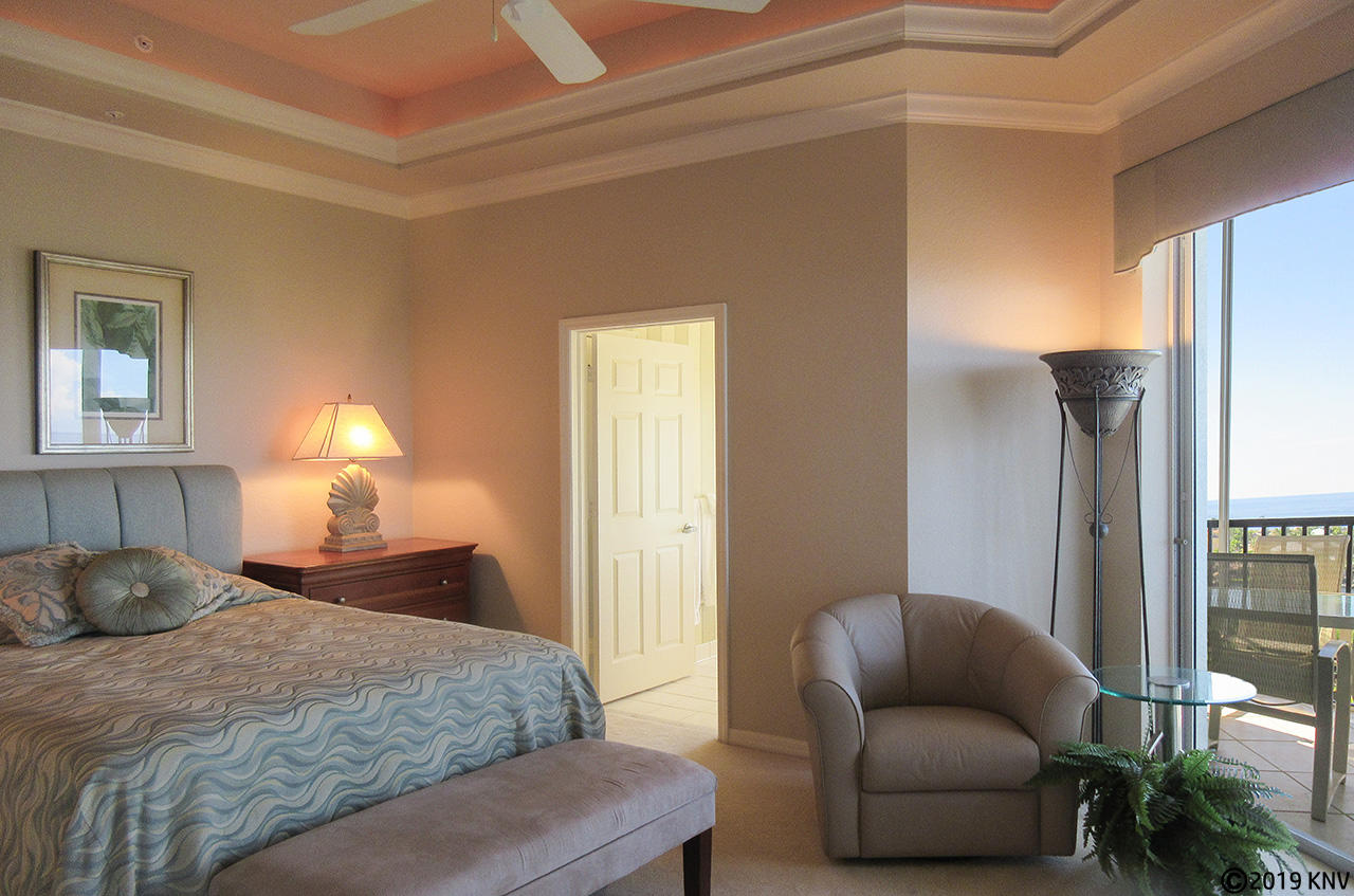 Master Bedroom has private lanai access