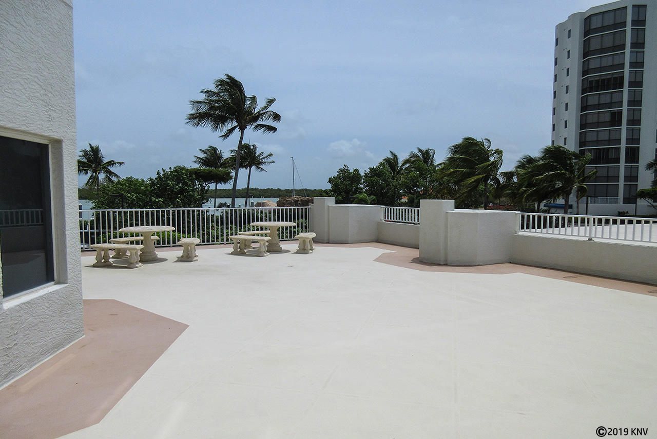 Outdoor Social Area at Waterside I